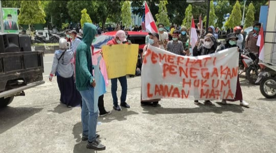 demo AMPH Maluku Tenggara